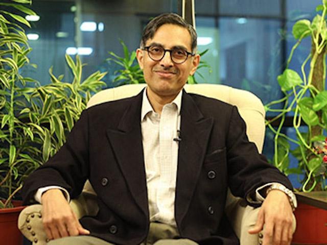 Dr. Rajiv Vasudevan